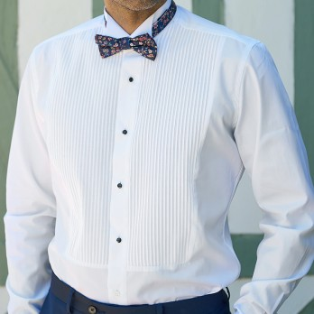 Tuxedo shirt with pleated front wing collar small French cuff