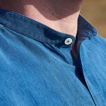 Chambray shirt in linen and cotton - band collar