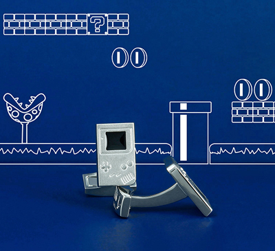 Pin's retro chic Game Boy